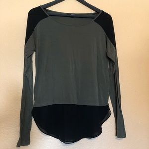 two-toned top // gently used